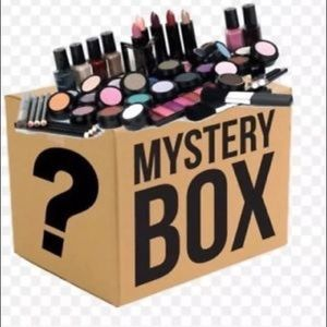 Mystery makeup box 📦 (ALL BIG NAMES) 100% AUTH